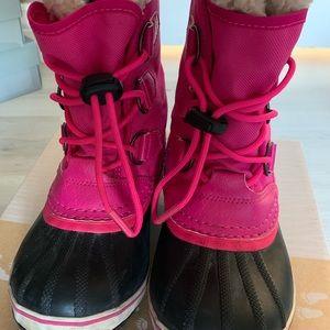 Girls Sorel waterproof snow boots